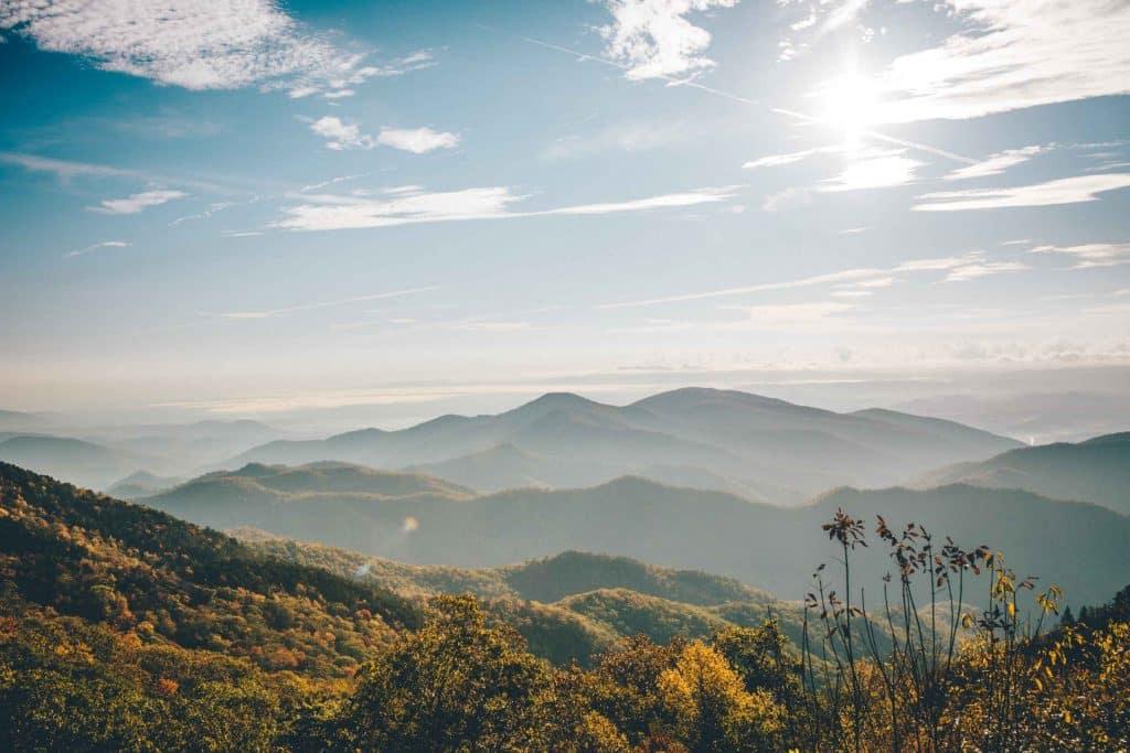 vista de las montañas ahumadas
